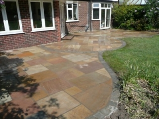 Paul Gibbons Landscapes Ltd - Patios 4