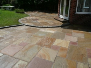Paul Gibbons Landscapes Ltd - Patios 5