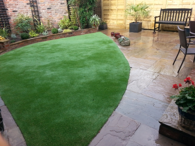 Paul Gibbons Landscapes Ltd - Garden Makeovers 3