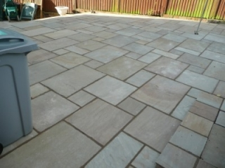 Paul Gibbons Landscapes Ltd - Patios 12