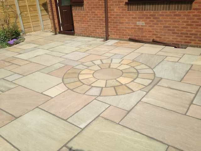 Paul Gibbons Landscapes Ltd - Patios 8