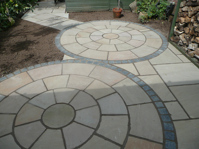 Paul Gibbons Landscapes Ltd - Patios 1