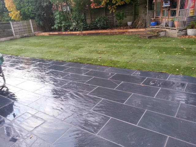 Paul Gibbons Landscapes Ltd - Patios 14