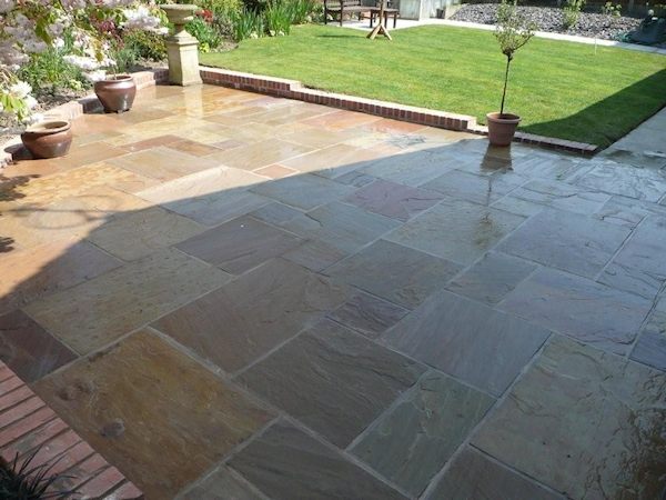 Paul Gibbons Landscapes Ltd - Patios 17