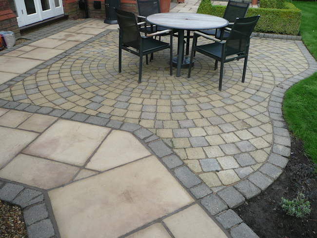 Paul Gibbons Landscapes Ltd - Patios 27