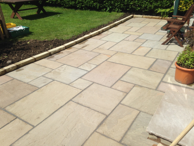 Paul Gibbons Landscapes Ltd - Patios 29