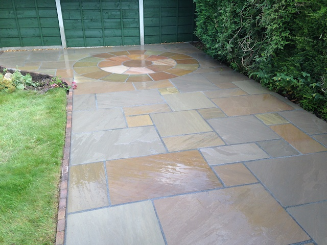 Paul Gibbons Landscapes Ltd - Patios 33