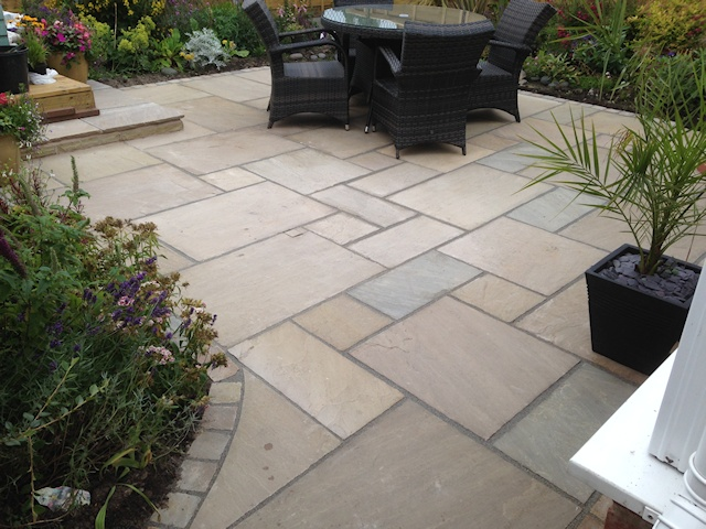 Paul Gibbons Landscapes Ltd - Patios 37