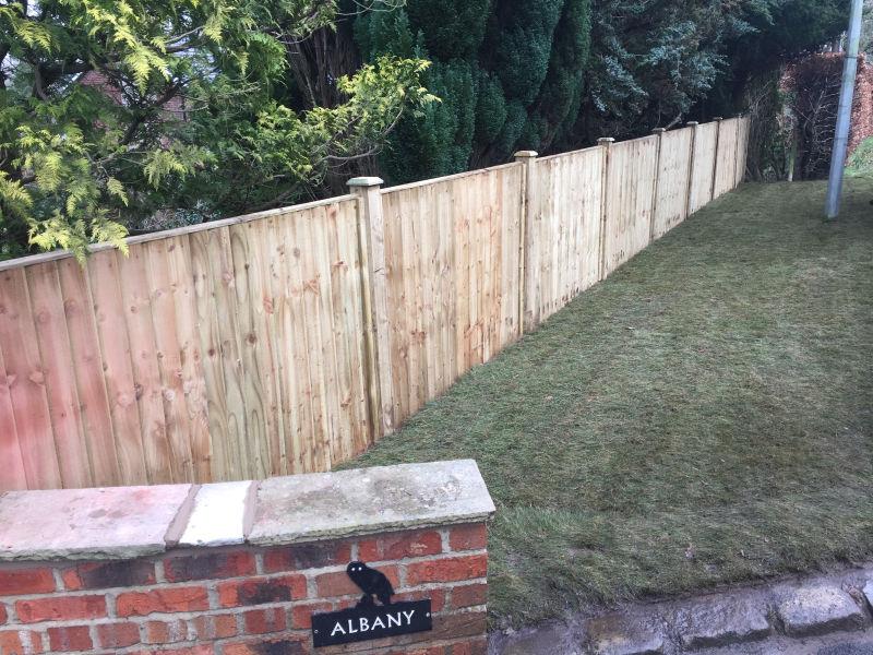 Paul Gibbons Landscapes Ltd - Fencing 6
