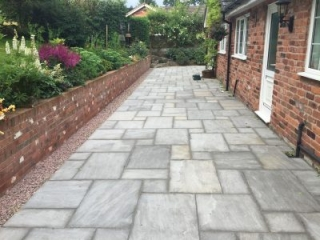 Paul Gibbons Landscapes Ltd - Patios 45