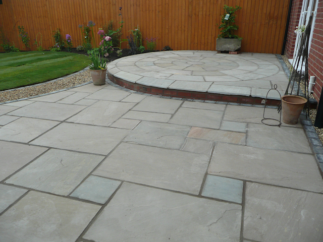 Paul Gibbons Landscapes Ltd - Garden Makeovers 10