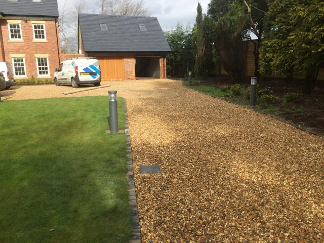 Paul Gibbons Landscapes Ltd - Driveway 21