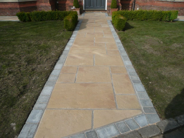 Paul Gibbons Landscapes Ltd - Patios 32