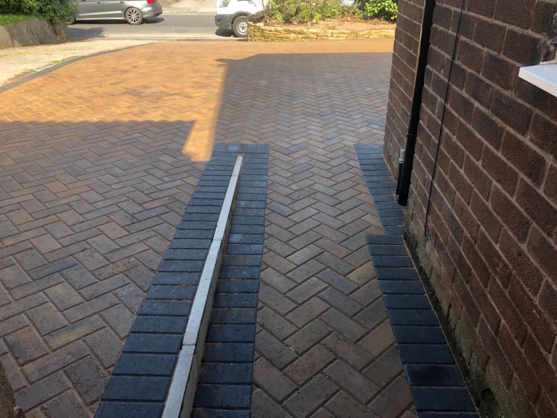 New Driveway by Paul Gibbons Landscapes Ltd